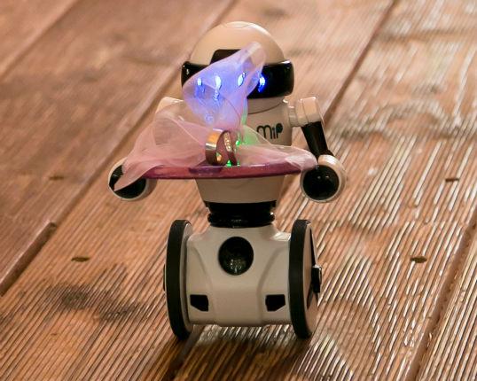 ringuebergabe-roboter